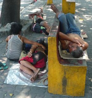 Nishie v Manile.jpg